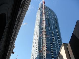 Front/yonge Ltower Condo In The Sky - Toronto vacation rentals