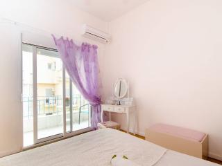 Fantastic apt 500m White Tower -10min from center - Thessaloniki vacation rentals