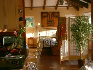 Simple Luxury, Spacious, steps to #1 Best Beach US - Waimanalo vacation rentals