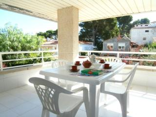 Open Pals - T - Begur vacation rentals