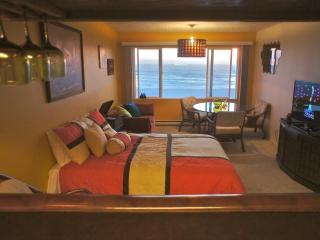 Shrimp Daddy - Retro themed Condo. Feel the funk! - Lincoln City vacation rentals