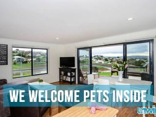 Unwind @ Pet Let 06 Encounter Views - Pet Friendly - South Australia vacation rentals