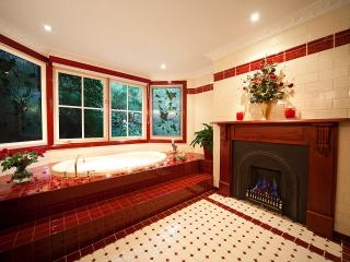 Mountain Whispers - Leura Rose Blue Mountains - Leura vacation rentals