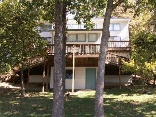 Sue`s Serenity - Spacious Lake Front Home in Desirable Quiet and Calm Cove. 8MM Osage Arm (Buck Creek Cove). - Lake of the Ozarks vacation rentals