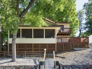 Hillcrest - Ideal Family Retreat with Great Water Views. 39 MM Osage Arm (Brush Creek Cove) - Sunrise Beach vacation rentals