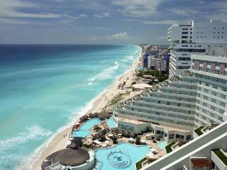Gand Oasis Cancun Presidential studio all inclusiv - Cancun vacation rentals