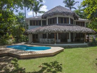 Villa Rental: 4 Bedrooms, Sleeps 8 In Las Terrenas - Las Terrenas vacation rentals