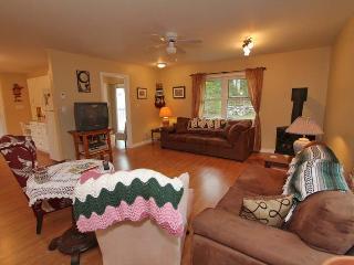 Doodle Bear cottage (#923) - Bruce Peninsula vacation rentals