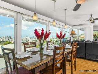 OVW -OVERLOOK VIEWS CITY,OCEAN, DIAMONDHEAD.  BBB - Honolulu vacation rentals