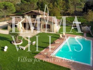 Genius Loci 6+1 - Perugia vacation rentals