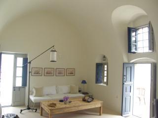 Sunsethouse Egeans watchtower - Santorini vacation rentals