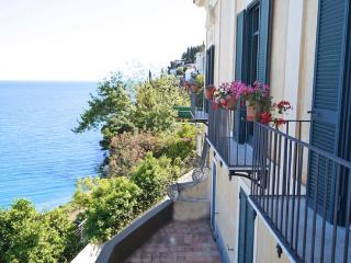 Vista sul Golfo - Calvanico vacation rentals