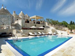 Trulli Fioriti - Martina Franca vacation rentals