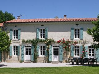 Maison Audaise - Teyssode vacation rentals