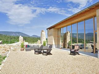 Les Pierres Dorees - Provence vacation rentals