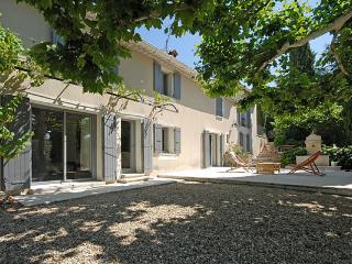 Aux Beaux Arbres - Provence vacation rentals