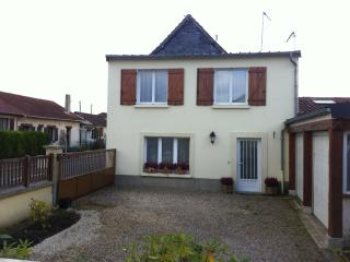 Lovely house in Aubevoye, Normandy, near a lake - Herouville Saint Clair vacation rentals