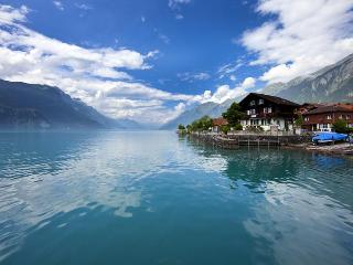 Vacation Apartment in Brienz - 969 sqft, amazing view, beautiful, comfortable, central in Switzerland… - Lauterbrunnen vacation rentals