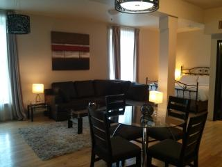 Loft 803 - Longueuil vacation rentals