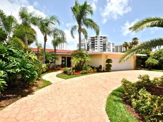 Terra Mar Island Retreat near Fort Lauderdale - Lauderdale by the Sea vacation rentals