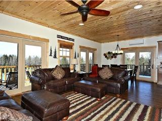 Lazy Bear Lodge - Cambridge vacation rentals