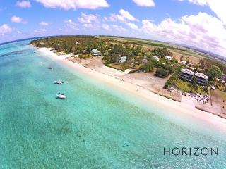 Paradise Beach - The amazing Beach (Deluxe) - Grand Baie vacation rentals