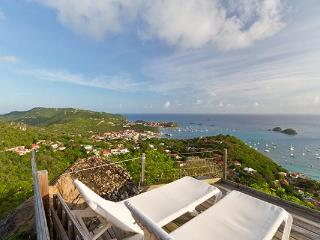 Charming island style villa with lush gardens and a harbor view WV LED - Colombier vacation rentals