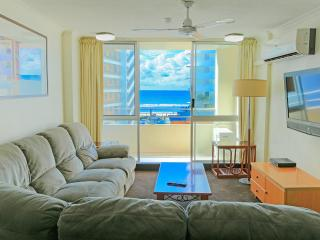 Superior 2 Bedroom Apartment with Ocean View Unit 17 Level 3 - Surfers Paradise vacation rentals