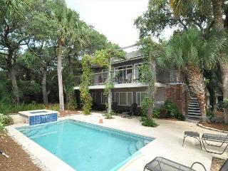 8 Lark - Cute  2nd Row From The Ocean W/ Pretty Views - Avail 5/30 wks - Hilton Head vacation rentals