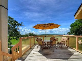 17 Mizzenmast Court-Steps to all the Harbourtown has to offer Dining/Shopping - Hilton Head vacation rentals