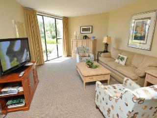 220 Shorewood - Beautifully updated 2 bedroom Shorewood villa! - Hilton Head vacation rentals