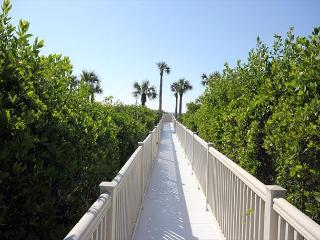 Gulf view Sandpiper Beach condo - Sanibel Island vacation rentals