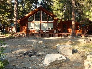 hot tub, sauna, wi fi, cable, game room, apartment - 25 mins to Leavenworth - North Cascades Area vacation rentals