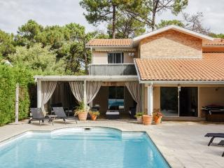 67137 - Claviers vacation rentals