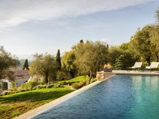 Prestigious Bastide in the hinterland of Cannes - Chateauneuf de Grasse vacation rentals