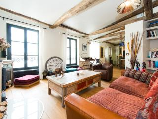Apart for 2 in the hearth of the Marais by Weekome - Paris vacation rentals