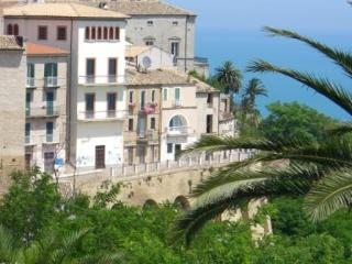 Casa in Piazza Near Beach - Vasto vacation rentals