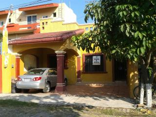 Barra de Navidad Beautiful House~3min from the sea - Barra de Navidad vacation rentals