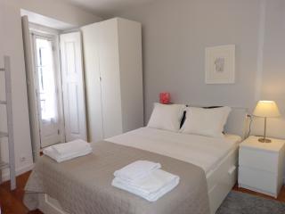 Monica Lisbon Rentals -  Fado Apartment - Lisbon vacation rentals