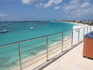 2 Bedroom Penthouse with Panoramic View of Simpson Bay - Simpson Bay vacation rentals