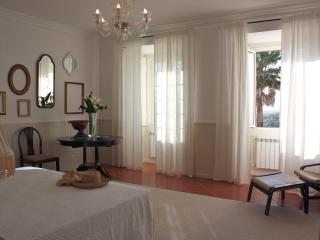 Eugaria Country House Master Suite - Colares vacation rentals
