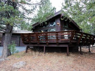 Secluded getaway with rec center access & cozy loft - Truckee vacation rentals