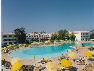 Golden Villa by Algarve Rentals - Cabanas de Tavira vacation rentals