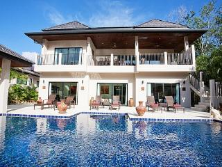 Villa Waew Opal - 6 Bed - Grand Property with In-House Staff - Kata vacation rentals