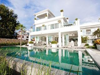 Na Jomtien Beachfront Villa - Sattahip vacation rentals