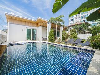 Villa Juliet - 2 Bed - Modern Design Villa in Kamala - Kathu vacation rentals