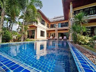 BangTao Tara Villa One - Koh Samui vacation rentals