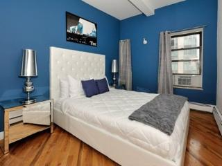 Stylish and Spacious Apartment in the Heart of Chelsea #3 ~ RA42938 - Big Bear Lake vacation rentals