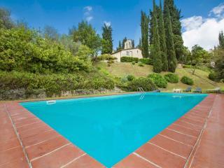 Villa del Cielo with Caminetto - Siena vacation rentals