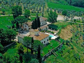 Villa Belvedere - Camera Doppia Classic - Badia a Passignano vacation rentals